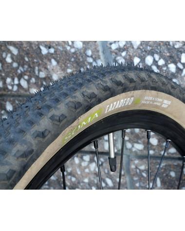 Neumático Soma Cazadero, 650b x 50, Tubeless, Tan